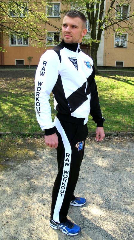 Oblečení - Oficiální Raw Workout úbor