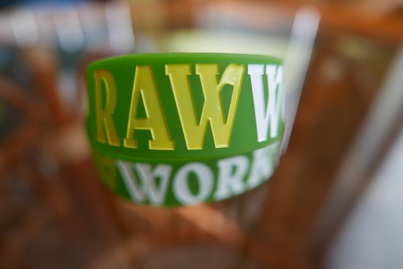 Oblečení - Raw Workout Náramek (zeleno-žluto-bílá)